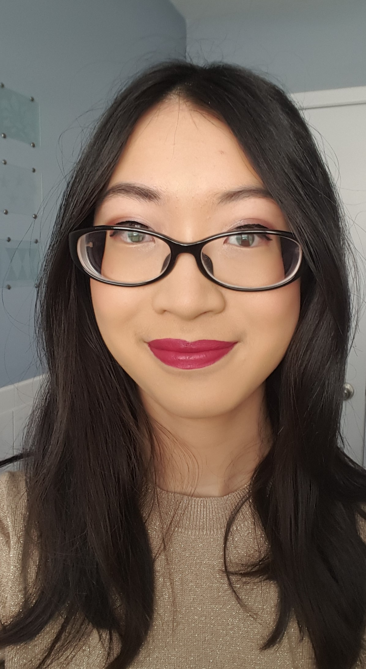 Brand Collection Wet N Wild 2017 Favs Im Not A Beauty Mega Glo Dual Ended Contour Stick Light Medium The Highlight Is Bit Hard To See Under My Glasses But Its Definitely There Shade Wearing In Liquid Catsuit Berry Recognize