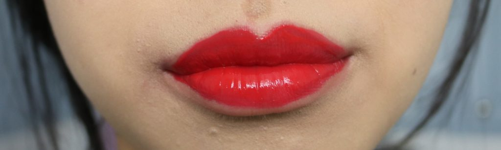 essence water kiss glossy lip colour