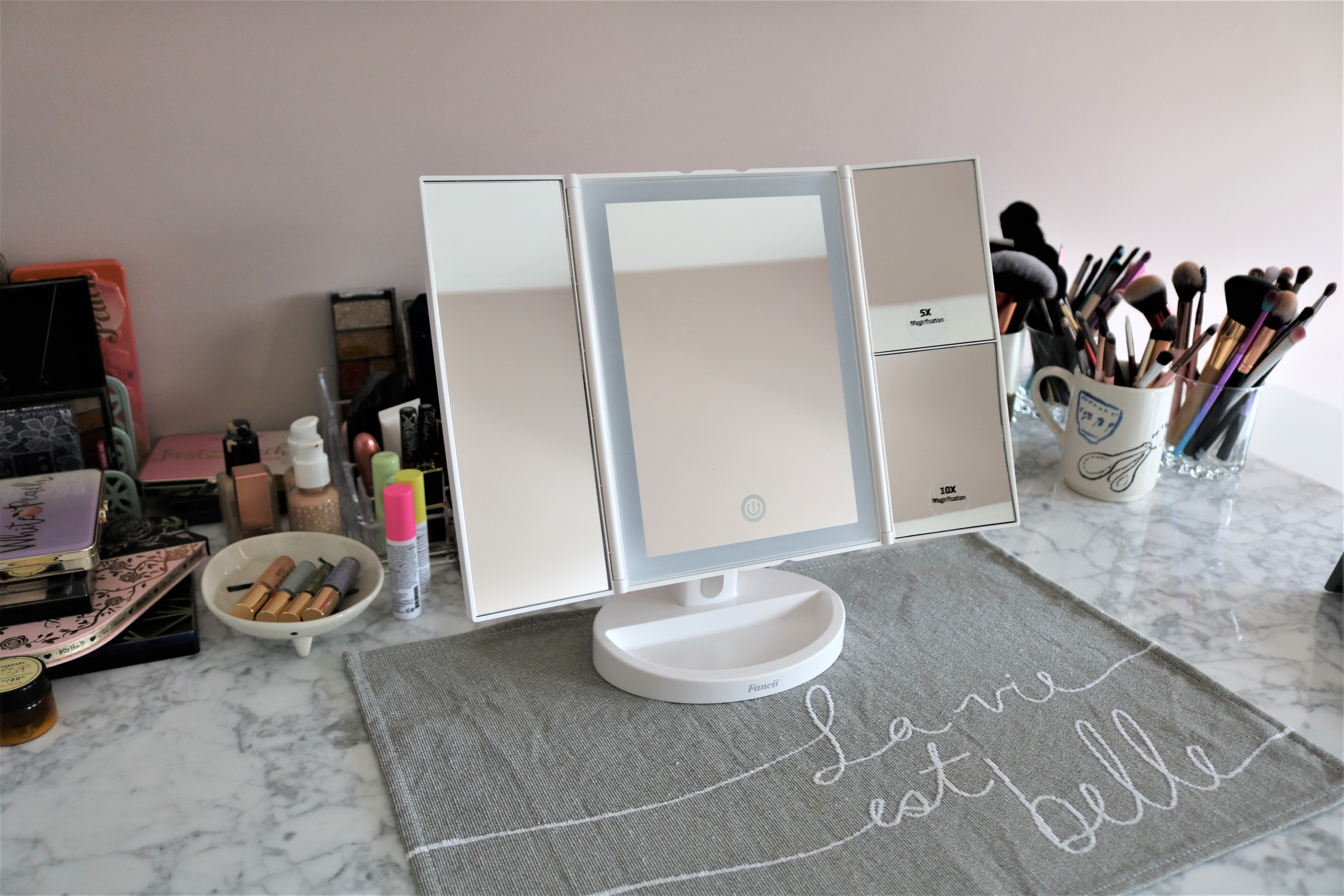 new product 19ae4 2a563 Review: Fancii Tria Tri-Fold Vanity Mirror - I'm Not a ...